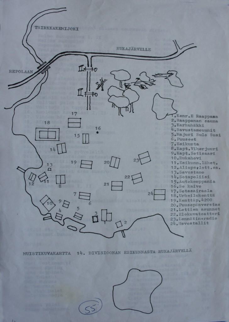 """Erkki Susi on laatinut esikunta-alueesta karttapiirroksen, joka on julkaistu v. 1999 omakustanne kirjassa """"Kantapään kautta"""". Kartta on muistikuva, johon rakennukset on asetettu, vaikka eivät ole täysin tarkalla paikalla. Piirros, Erkki Susi."""