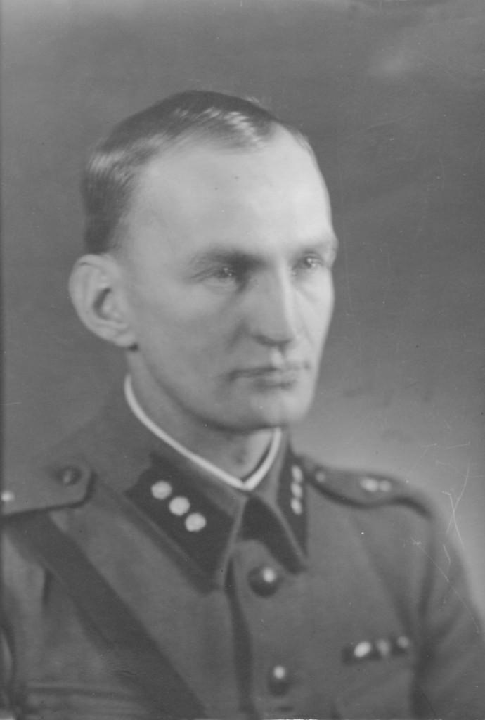 Scan10485-2-Matilainen Erkki 1943-jpg