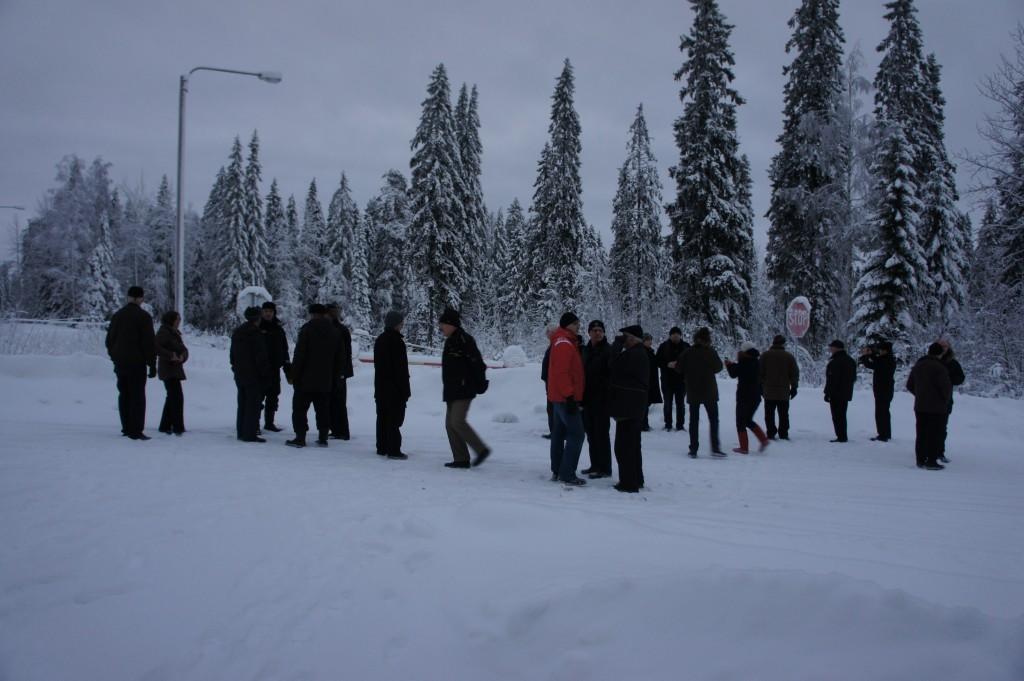 Kivivaarassa rajapyykillä 647. Tätä kautta kulki suunnan joukkojen huolto Jatkosodan aikana.