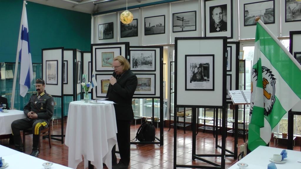 Hotellinjohtaja Esa-Mikko Lappalainen piti mielenkiintoisen esitelmän aiheenaan Rukajärvikeskus ja sen toiminta osana Iisalmen matkailuelinkeinoa.