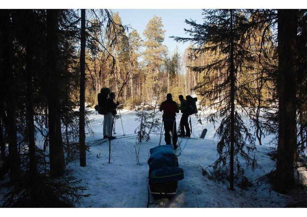 Ryhmä Pieninkä Volomajoen rannalla